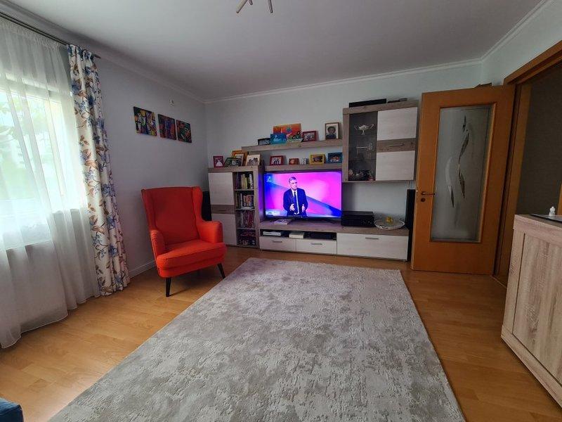 Vanzare apartament 4 camere Mall Vitan