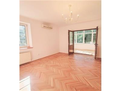 Vanzare apartament 3 camere Domenii Parc Ciresarii