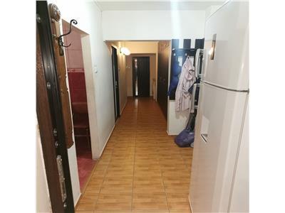 Vanzare apartament 3 camere Iancului Mega Mall